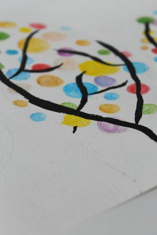 This is such a fun and colorful spring art project for kids!  Great for watercolor art or just pencil crayons, markers, or crayons!