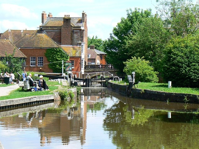 Kennet and Avon Canal in Newbury