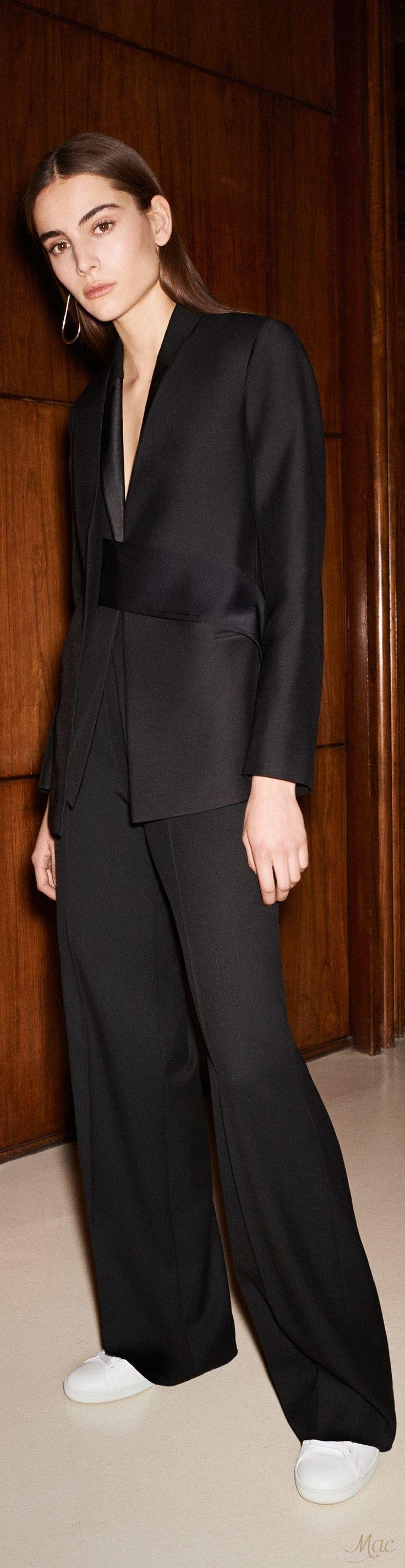 Pre-Fall 2017 Victoria Beckham