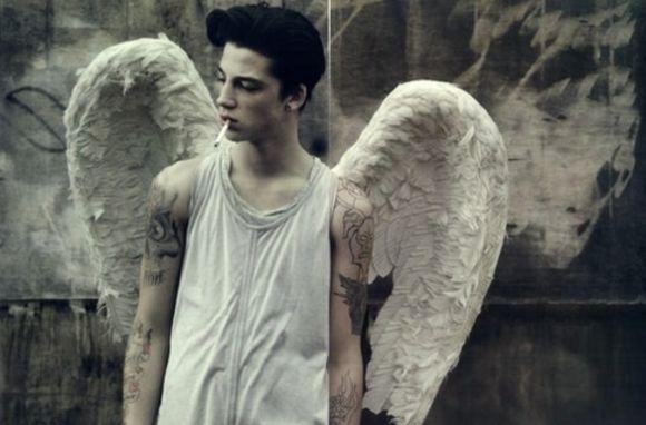 Angel | 天使 | Ange | ангел | Angelo | Angelus | ángel | Wings |