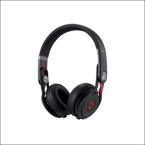 Beats Ear Headphone - Searching for the best DJ Headphone? Take a look for while buying best DJ Headphones and then buy the best headphones for DJ from amazon.