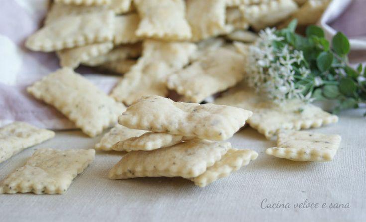 Crackers al farro e origano, ricetta sfiziosa