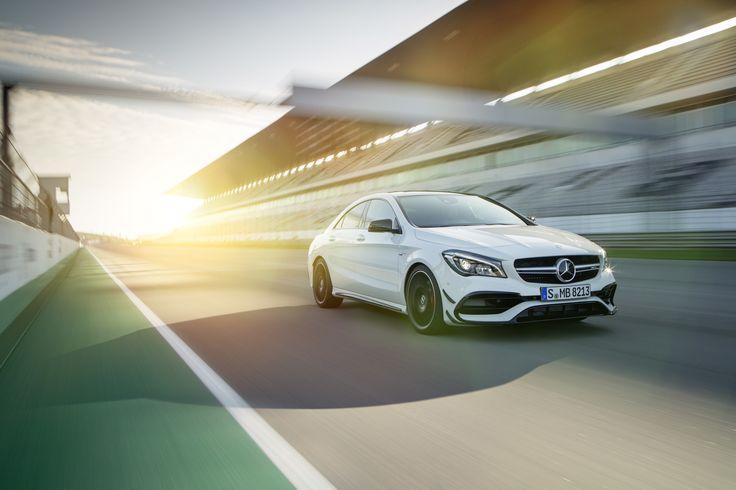 Snabbare än ljuset, Mercedes-AMG CLA 45 Coupé.