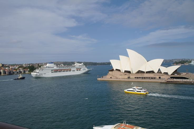 #AustraliaDayOnboard Just a beautiful pic of a P&O Cruise ship with The Sydney Opera House