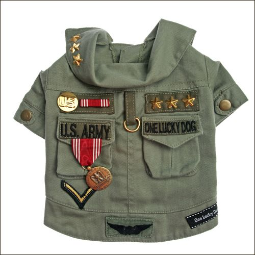 You will salute your dog in this amazing Military vintage style jacket.  Made from a  100% cotton heavyweight fabric , this jacket features genuine army medals, ribbons, pins and patches , has two pockets on the back and gold stars on the collar.  Each jacket is unique and your pooch will have a one of a kind piece.