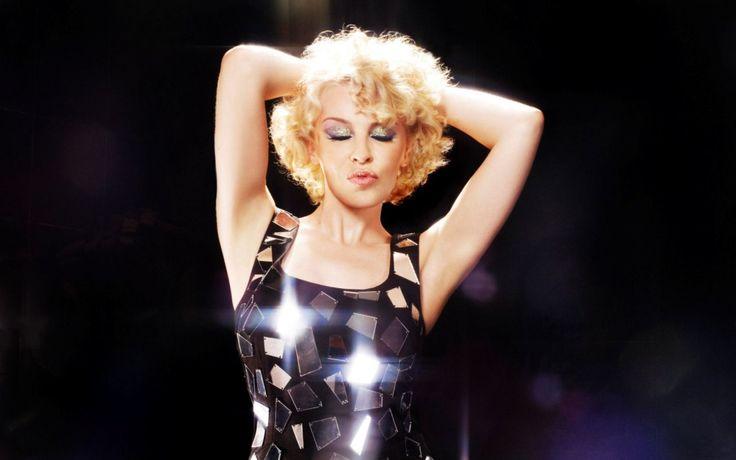 Kylie Minogue - fondos de pantalla: http://wallpapic.es/celebridades/kylie-minogue/wallpaper-2514