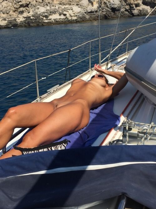 "nude-vacations: ""Nude Sailing ⛵️ Living Life Nude … ☀ """