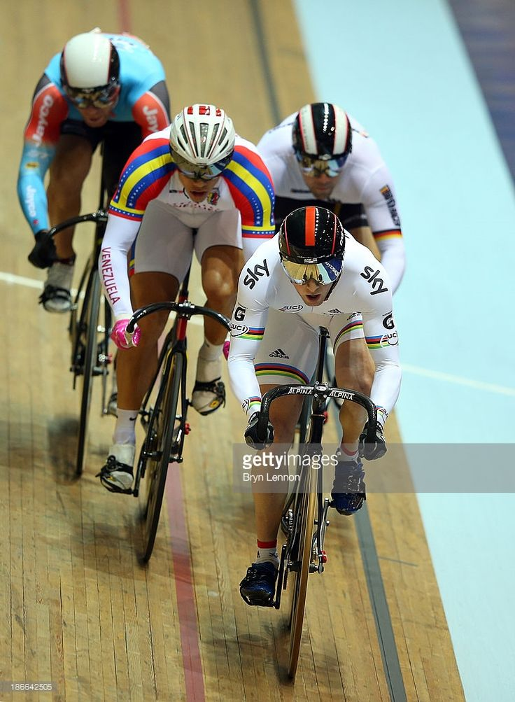 Jason Kenny of Great Britain on his way to winning the Men's Keirin... News Photo   Getty Images
