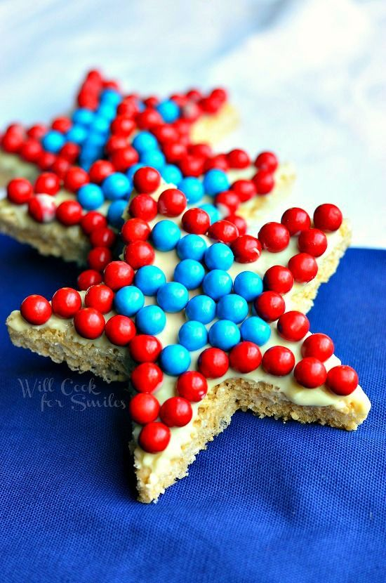 Red White and Blue Rice Krispie Stars | from willcookforsmiles.com #redwhiteandblue #treat #memorialday: 4Thofjuli Memorialday, Redwhiteandblu Treats, July Recipes, Blue Rice, Krispie Stars, Patriots Holidays, Red White, Rice Krispie, Redwhiteandblu 4Thofjuli