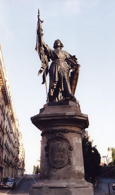 Jeanne d'Arc. Bd Saint Marcel. Paris 13e