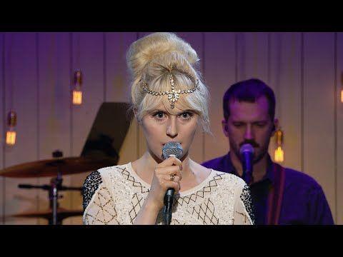 Amanda Jenssen - When we dig for gold in the USA (När vi gräver guld i USA) - Så mycket bättre (TV4) - YouTube