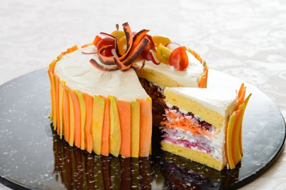 """Complete with pretty layers of vegetables, you won't ever have to feel guilty about eating these slices of """"cake."""" The Vegiedeco Salad (Vegetable Decoration Salad) is a new concept in food design created by Japanese food stylist Mitsuki Moriyasu in 2015. By taking vegetables out of the salad bowl and reassembling them into colourful, eye-catching cakes, Mitsuki aims to make diners smile with healthy foods that are both fun to look at and fun to eat. 