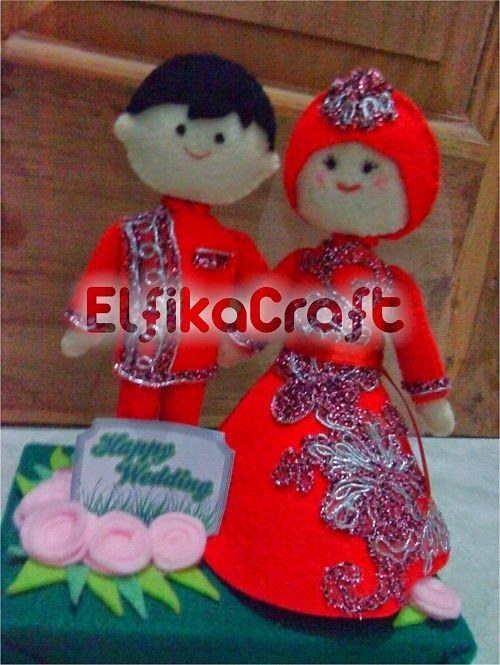 wedding doll felt