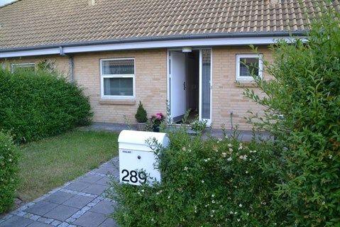 Blommegrenen 289, 5220 Odense SØ - Skønt og utraditionelt rækkehus i Odense SØ. #solgt #selvsalg #selvsalgdk #boligaselvsalg