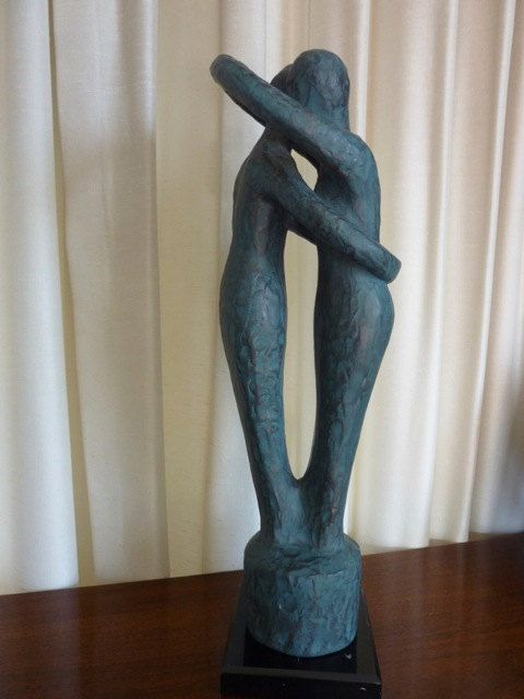 Vintage Entwined Embraced Couple Lovers Sculpture Statue Hugging