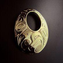 Eagle Gold Haida Oval Pendant by Carmen Goertzen