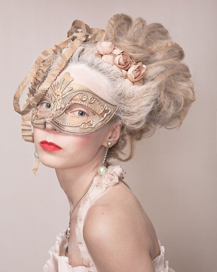 hats and hairstyles marie-antoinette