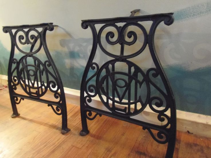 Vintage Ornate Cast Iron Table Legs / Industrial / Steampunk