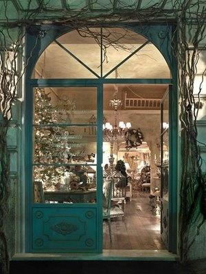 an Italian schic & shabby shop ...