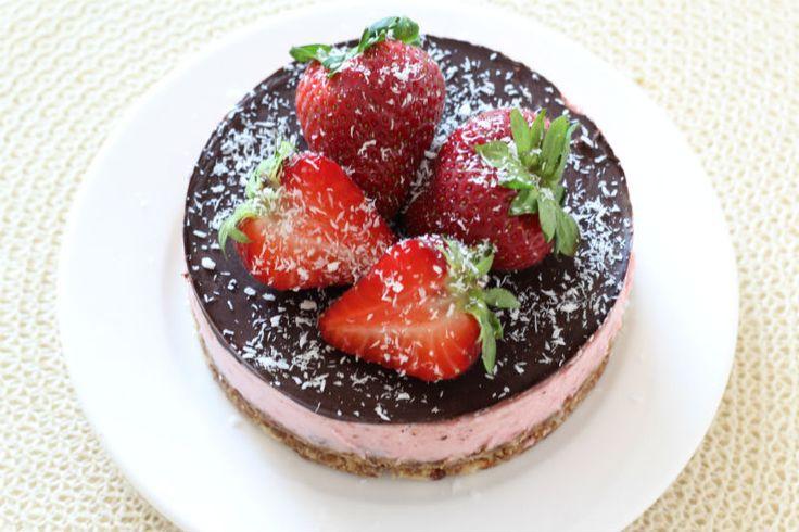 eet clean gezonde taart met aardbeien eetclean.nl