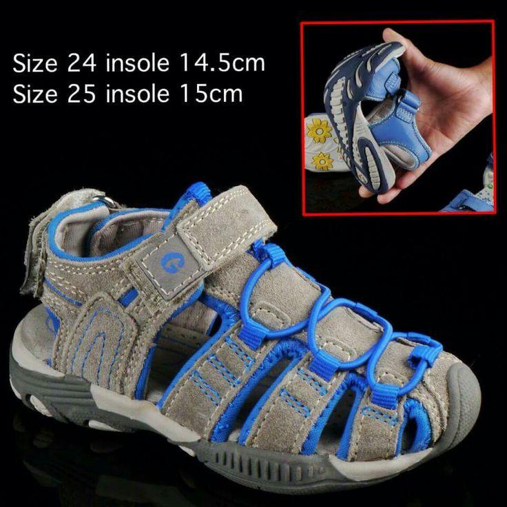 "READY STOCK KIDS LEATHER SANDAL KODE : FREON GREY BLUE Size 24,25 PRICE : Rp.205.000 AVAILABLE SIZE (insole) : - Size 24 (14,5cm) - Size 25 (15cm)  NOTE : Sesuai utk panjang telapak kaki 13cm dan 13,5cm.  MATERIAL : Genuine Leather (Kulit Asli), Sol Empuk, nyaman dipakai anak balita.  FOR ORDER : SMS/Whatsapp 087777111986 PIN BB 26e6d360 / 766a6420 LINE : mayorishop Facebook : Mayorishop  Testimoni cek Facebook ""Mayorishop"" ya dears..  http://facebook.com/mayorishop.online  Only at…"