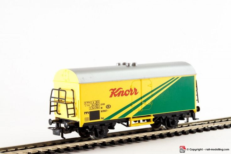 MARKLIN 4415 - H0 1:87 - Carro merci frigorifero ferrovie B compagnia Knorr modello Ichqrs 377 con confezione