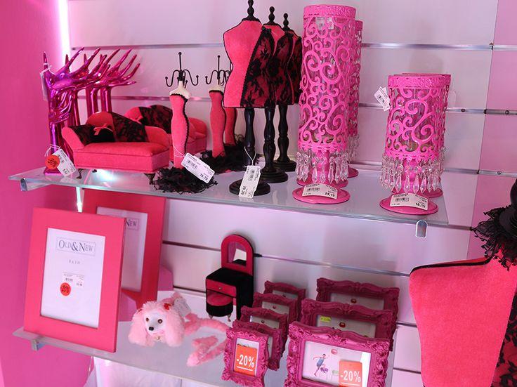 oggettistica pink, porta foto, porta gioielli, porta candele http://www.alberti-import-export.com/index.asp