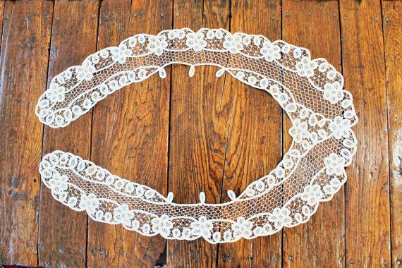 Antique Lace collar,Lace Trim, Detachable Lace Collar by clockworkrummage. Explore more products on http://clockworkrummage.etsy.com