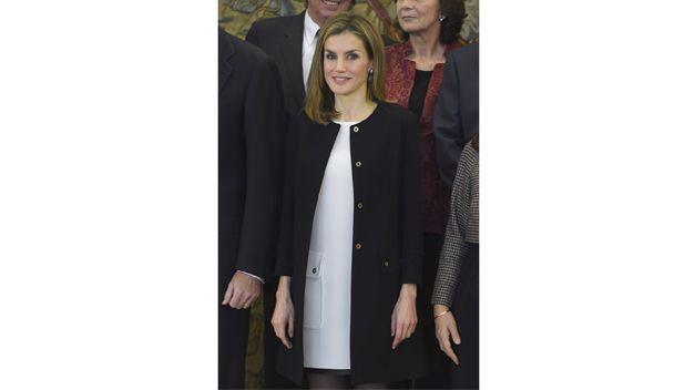 Doña Letizia, con pendientes de diamantes negros De Grisogono