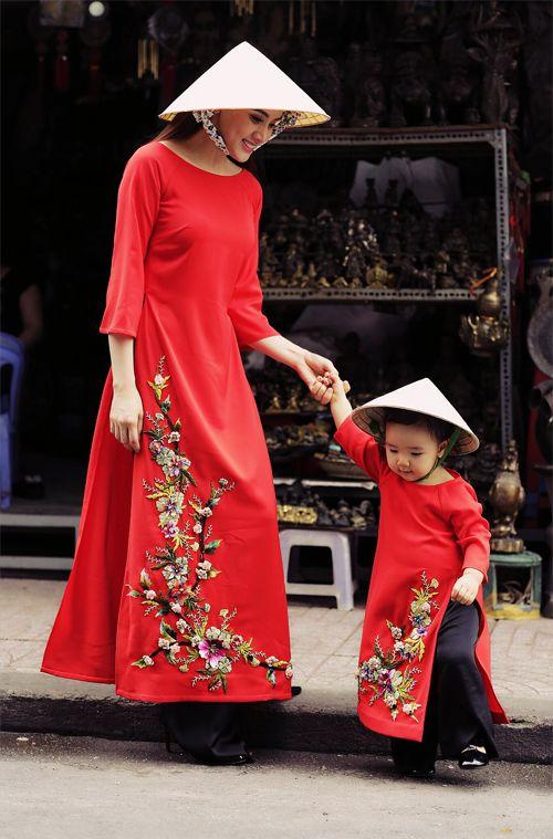 Cherry blossoms #mommyandme #aodai