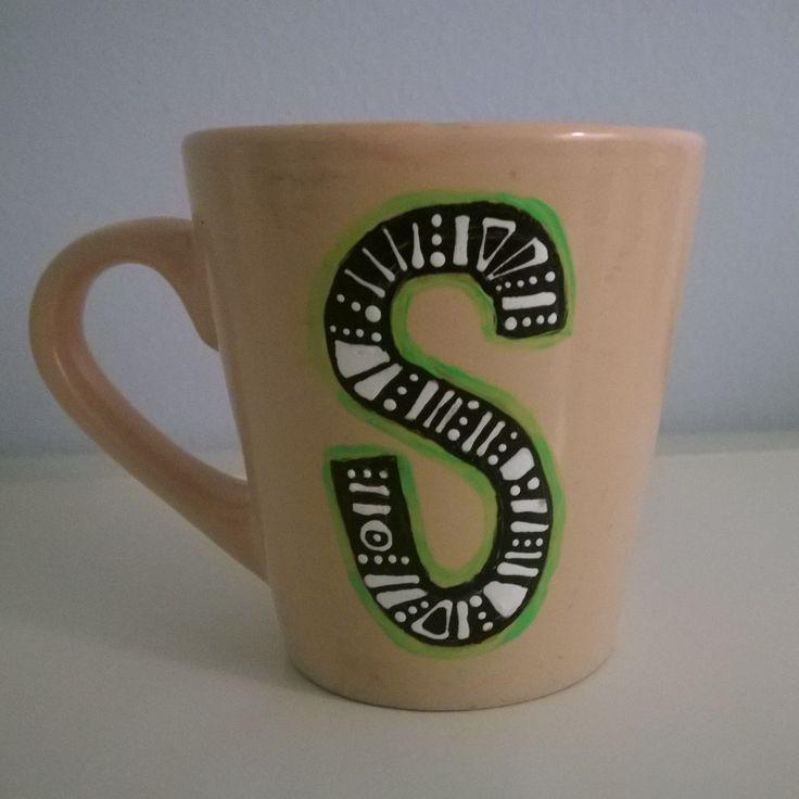 Alphabet mug S