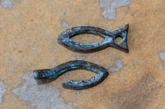 Rustic Fish Toggle Clasps - Green Patina - Linden Avenue Designs (US) - 2/$2.20