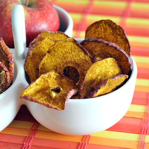 Cinnamon and curry apple chips