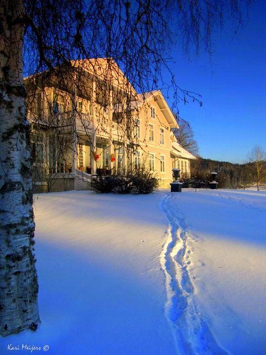 Losby Gods, Norway