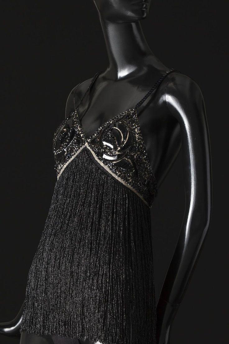 mini-robe, body, Zizi Jeanmaire, Show - 2014.01.05