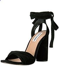 Discovering and select for you the most beautiful and Gorgeous Fashion Trends Styles each season from the greatest Brands...check this gorgeous shoes at www.fashionglamtrends.com