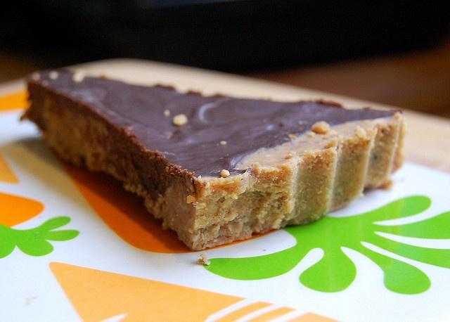 Chocolate Peanut Butter Fudge Tart | Snacks & Treats | Pinterest