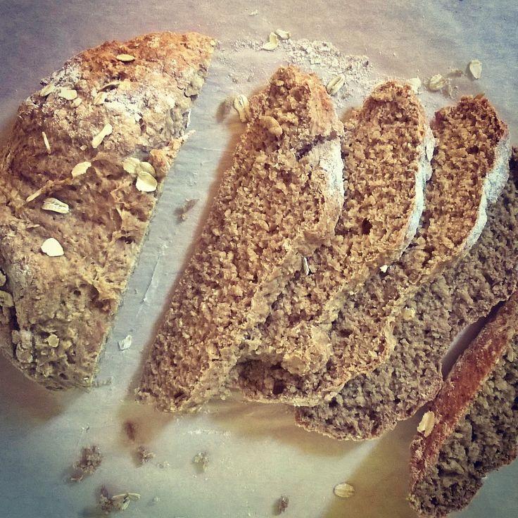 Ír szódás zabpelyhes kenyér