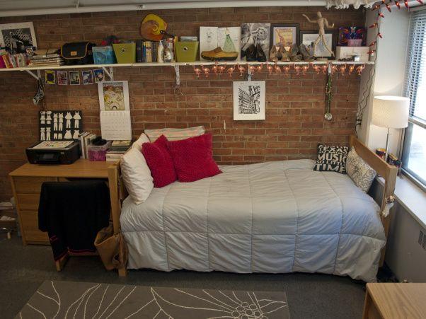 98 best images about dorm room design on pinterest dorm for Cool dorm room layouts
