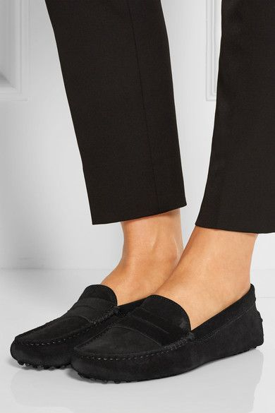 tod's gommino loafers in black suede