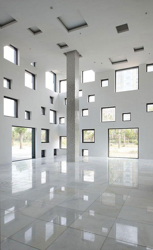 Windows all around... - Cube Tube from Sako Architects: Architecture Cubes, Cubes Tube, Spaces, Architecture White, Favorite Places, Sako Architects, Interiors Design, Windows, Architecture Details