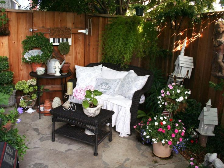 Great Inspired Small Patio Idea