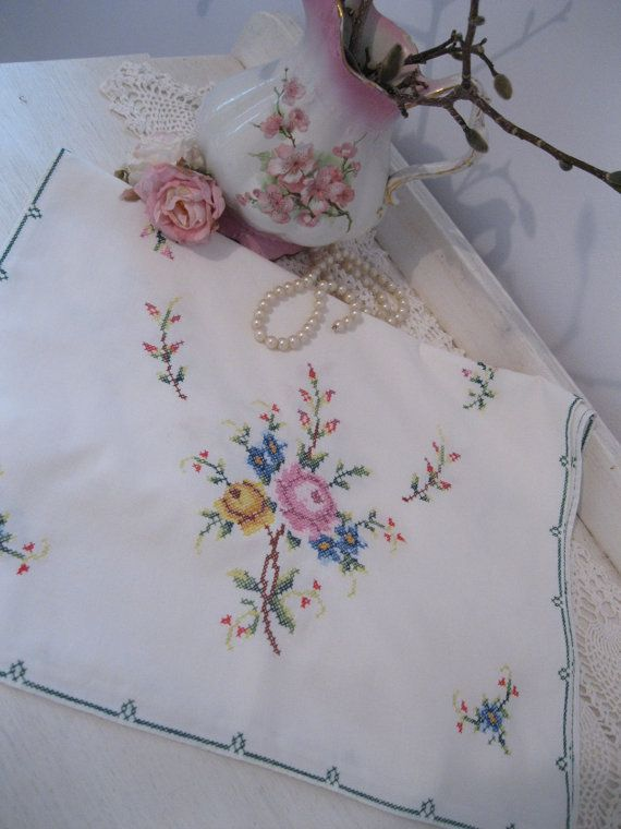 Reserved...Runner Cross Stitch Runner Roses by mailordervintage