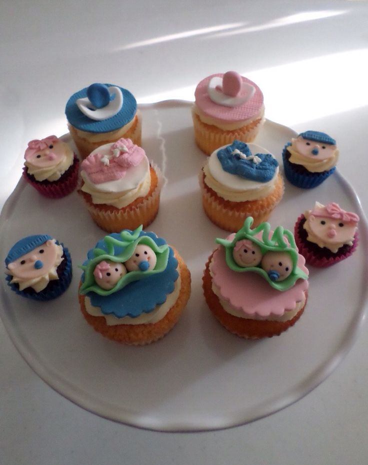 Baby shower cupcakes created by Villa Chateau