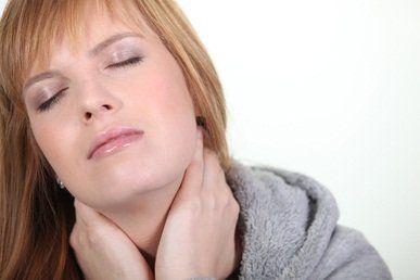 Bolesti krční páteře: příčiny, projevy, prevence a cvičení