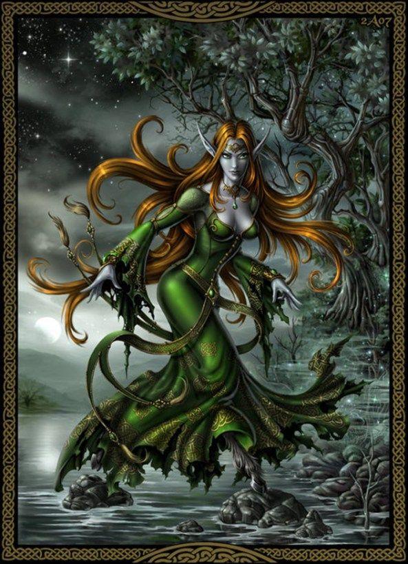 """Las banshees son las hadas irlandesas de la muerte, procedentes de las leyendas y la mitología celta. Su nombre significa """"mujer hada"""" y """"mujer de las colinas"""", ya que en ocasiones aparece caminando errante por las colinas, donde incluso permanece varios días sin rumbo fijo. Su apariencia es la de una mujer etérea, en ocasiones una joven doncella y, en otras, una bruja vieja y repugnante."""