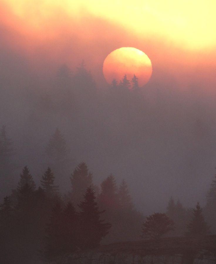 Un lever de soleil incroyable au Creux du Van, oct 2014