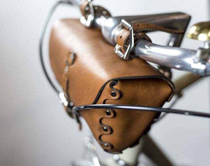 FULL GRAIN LEATHER BICYCLE BAG . . . . . . . . . . . . . . . . . . . . . . . . . . . . Construction time is 2 weeks. All products come with a lifetime warranty. Full warranty description in the polici