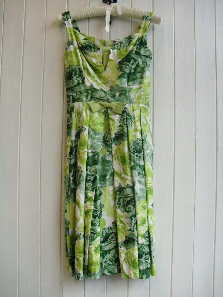 Going Green dress Vintage £29 P45/3 Size 12