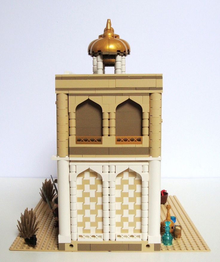 LEGO Prince of Persia MOC - Alamut Gate - side view